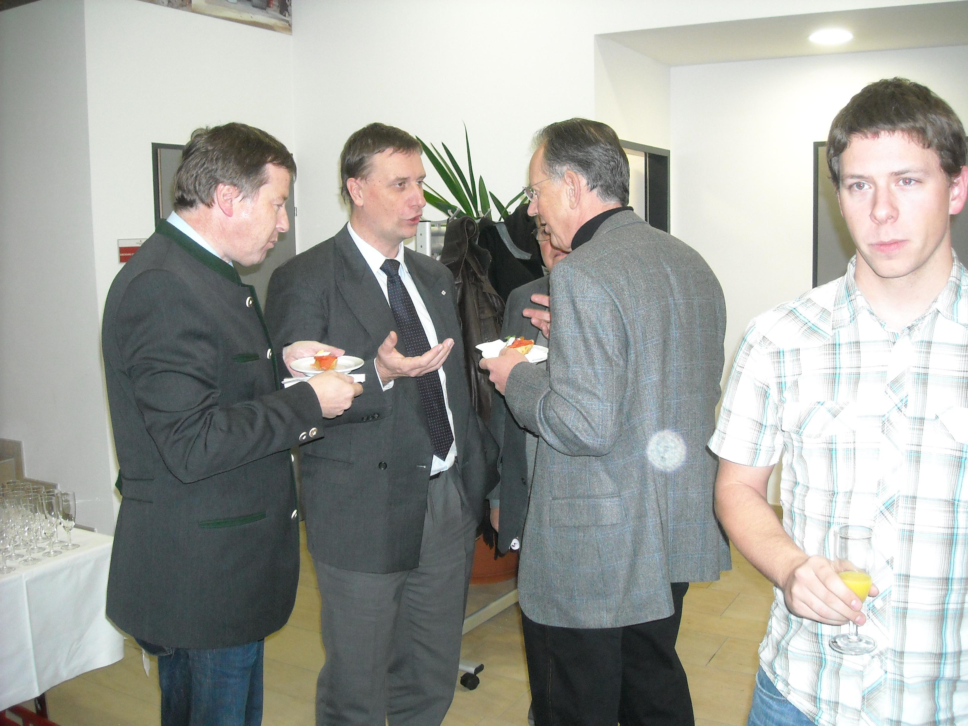 http://jrk.sbg-net.at/news/Jahresabschluss2009/DSCN6925.JPG